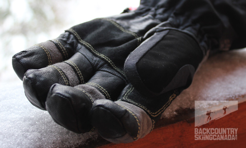 Mountain Hardwear Boldog gloves with OutDry