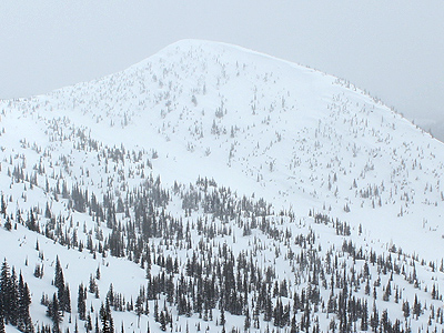 Kootenay-Pass-Backcountry-Skiing-Cornice-Ridge-Northwest