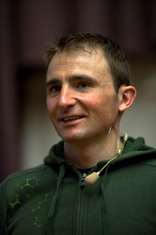 Ueli Steck Killed in Climbing Fall