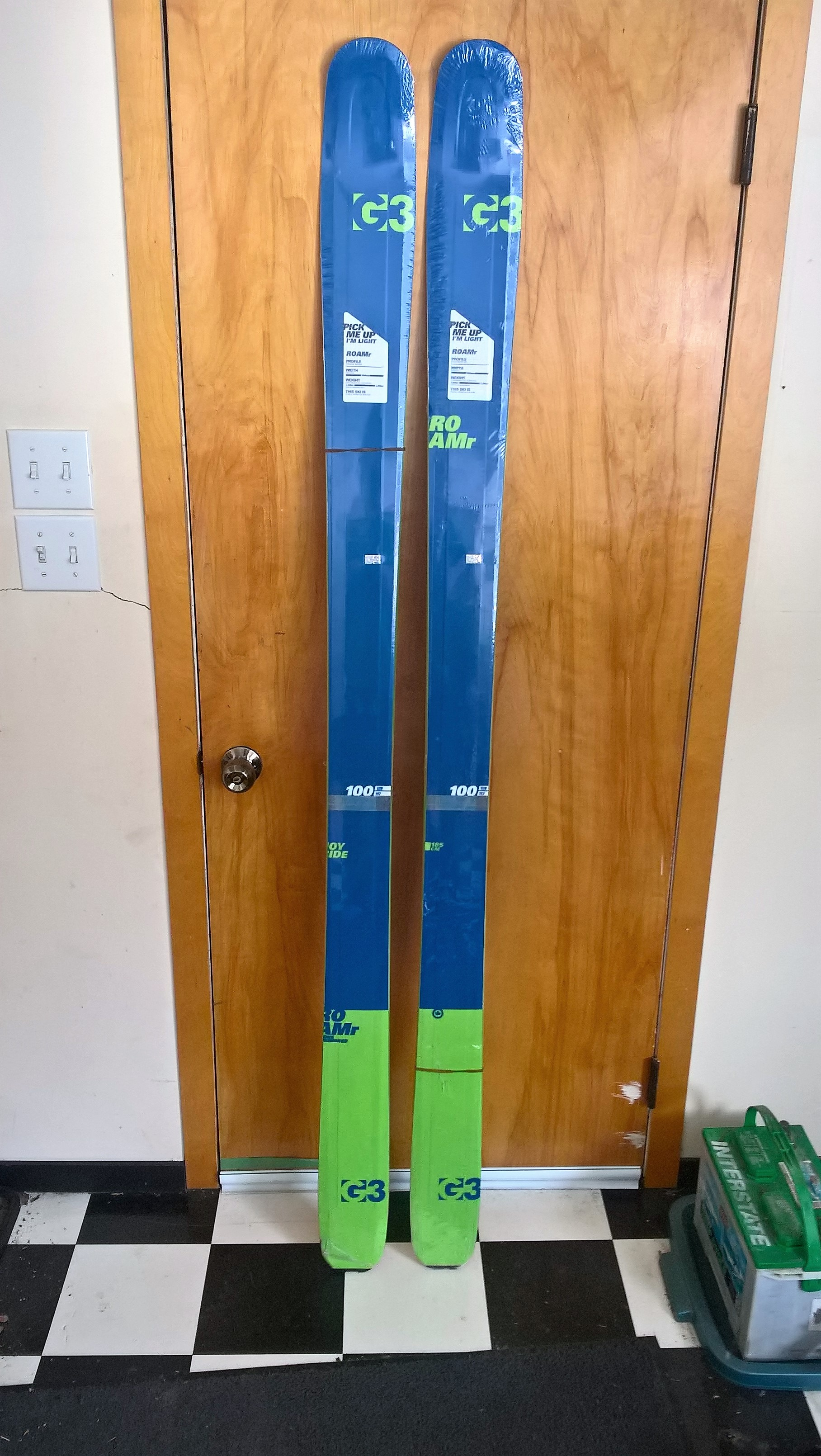 4 sale- Brand New G3 ROAMr 185 skis